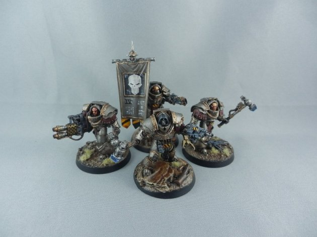 Iron Warriors Cataphractii Command Squad with Warsmith